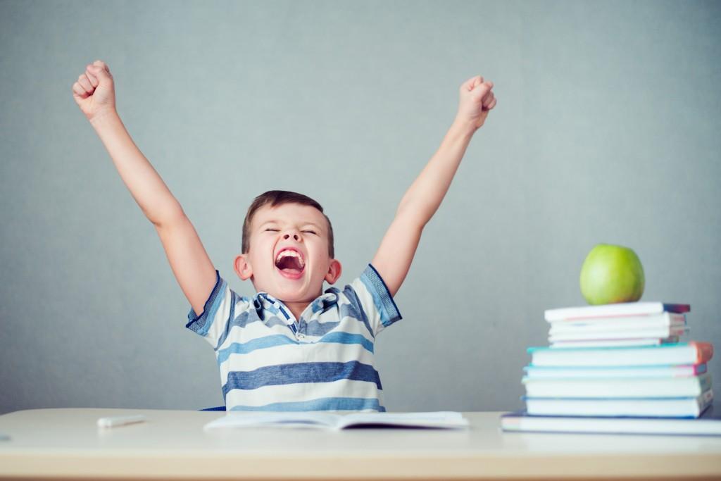 kid throwing tantrum