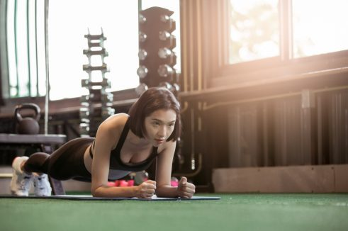 woman doing CrossFit training