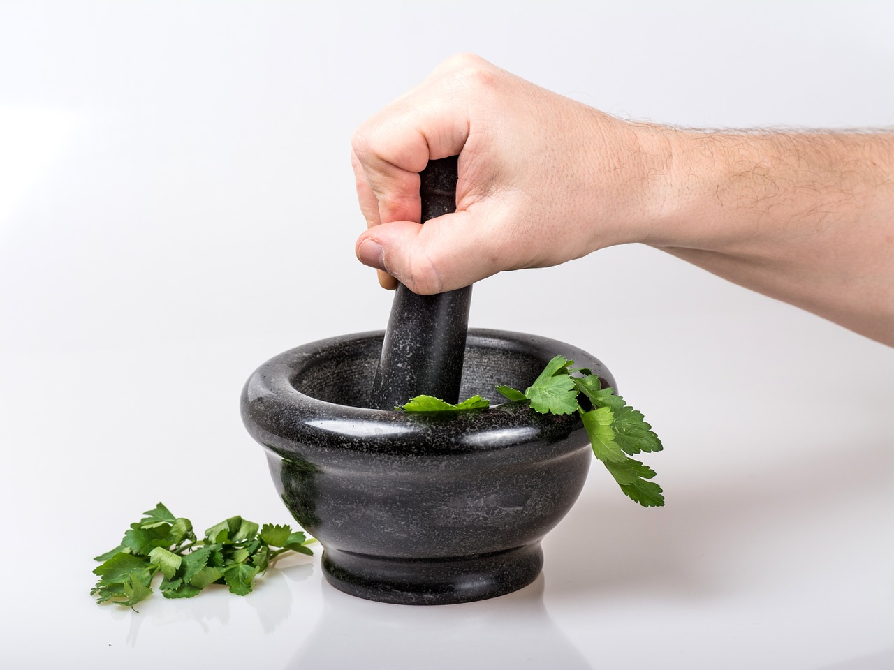 Parsley Water for Weight Loss? Don't Forget the Lemon!
