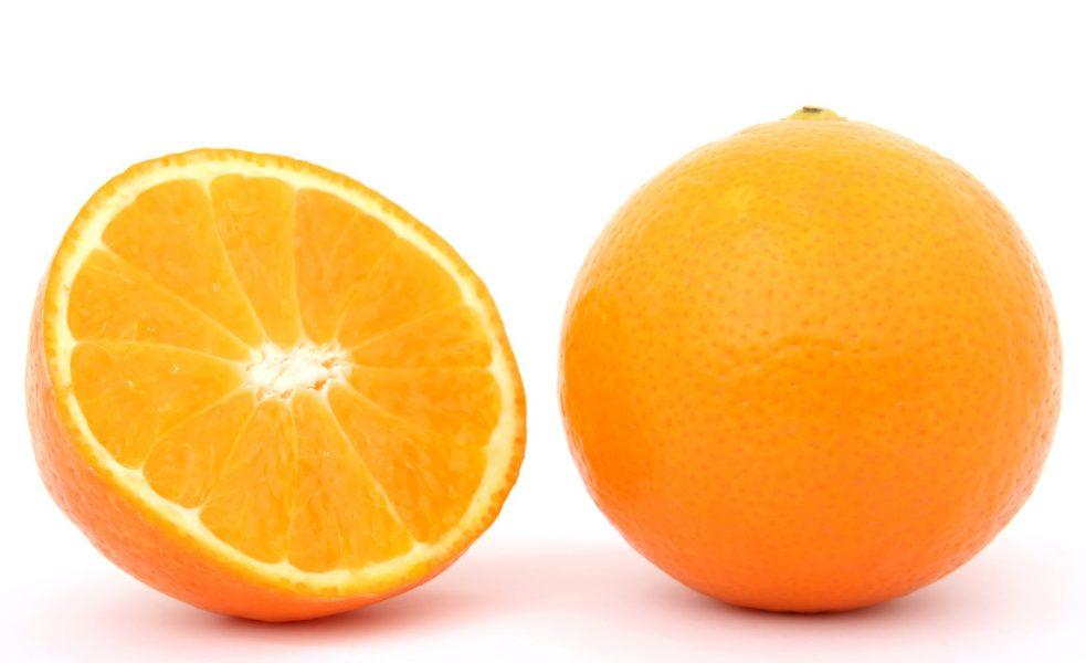 Oranges with pulp
