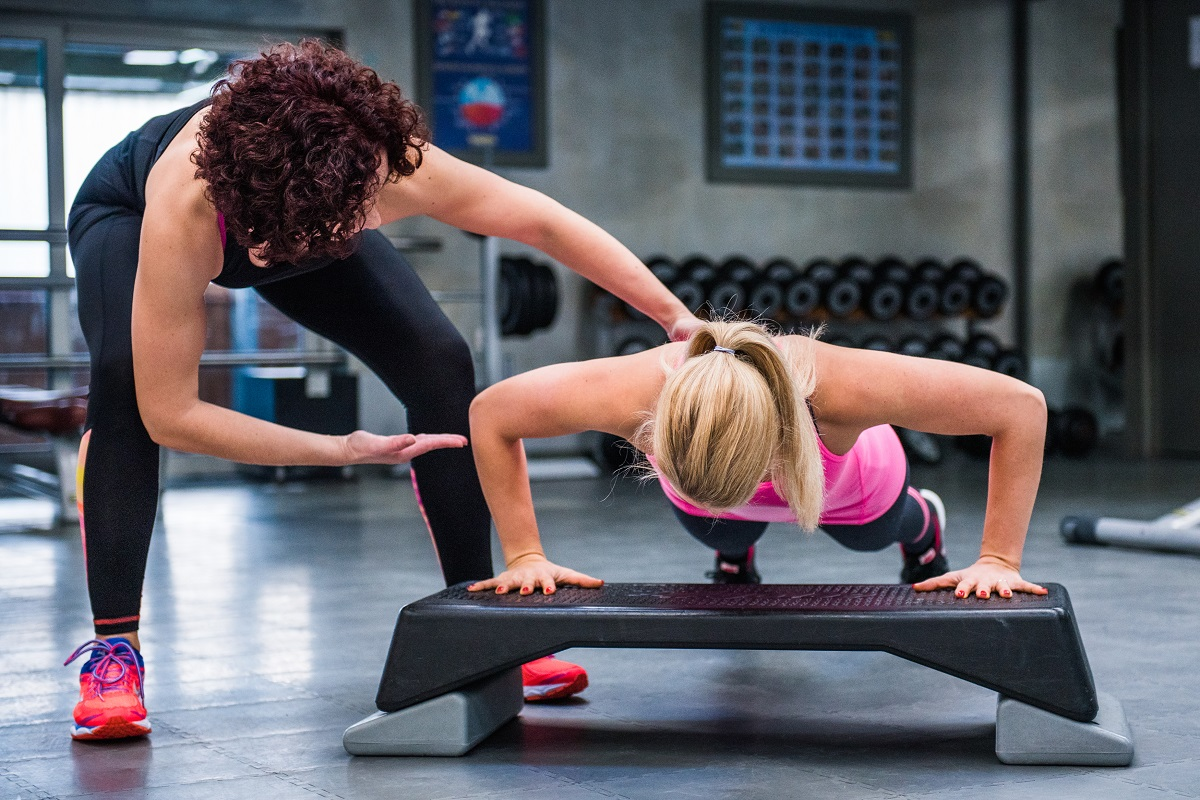 Bodyweight Exercises for Women: Why Staying Fit for Less Works